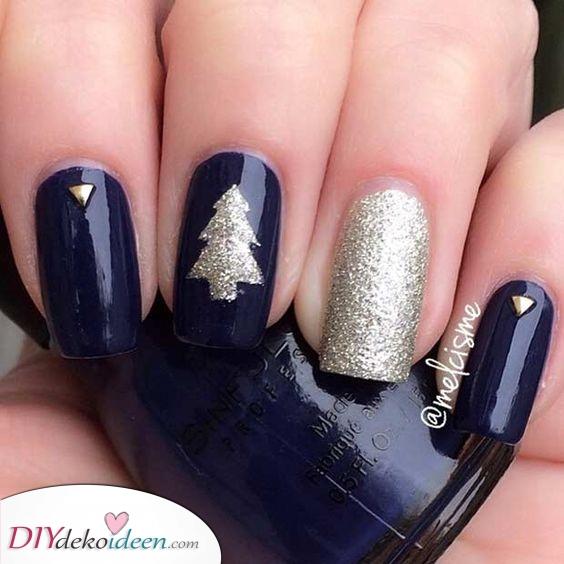 Blau und Silber – Weihnachtsnageldesigns
