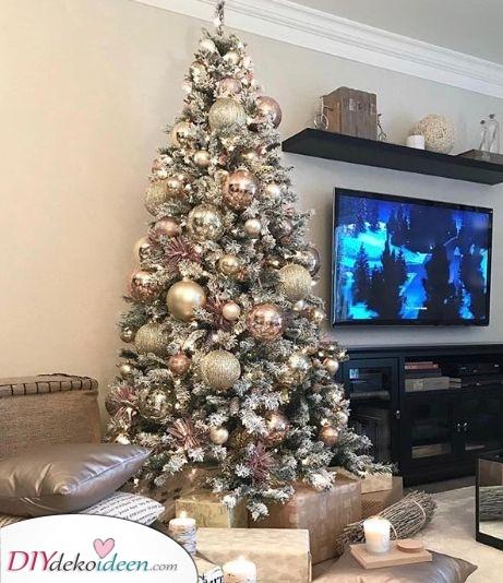 Weihnachtsbaum geschmückt– Elegante Farben