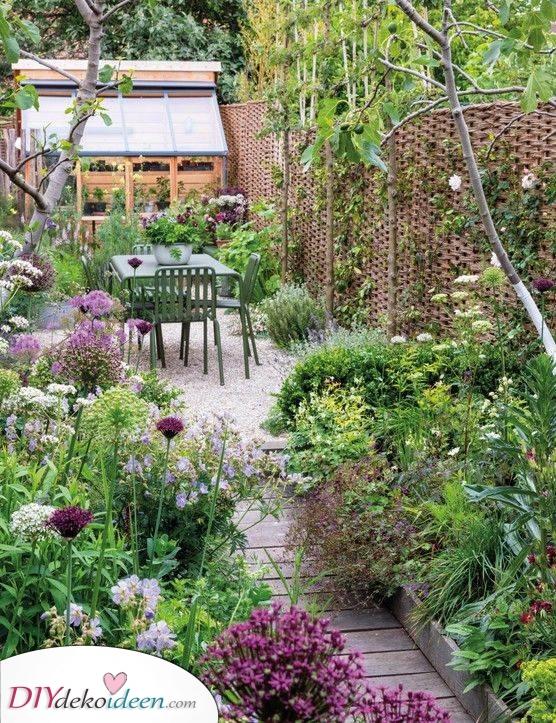 Überwuchert und üppig – Kleinen Garten gestalten