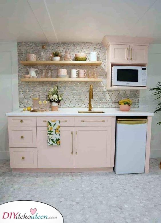 Regale nach oben hinzufügen – Optionen für kleine küchenzeile