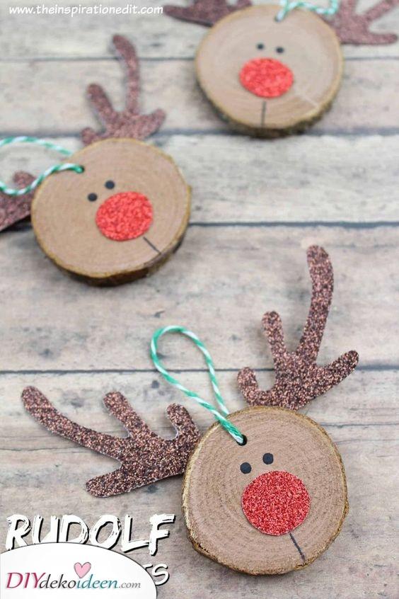 Rudolf das rotnasige Rentier – Weihnachtsbaumschmuck basteln